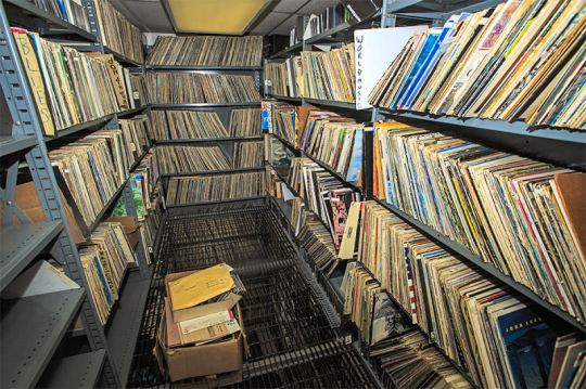 record-library-2a